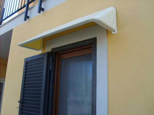Tende da sole e coperture stadi infissi vaccher - Tende da sole per finestre ...