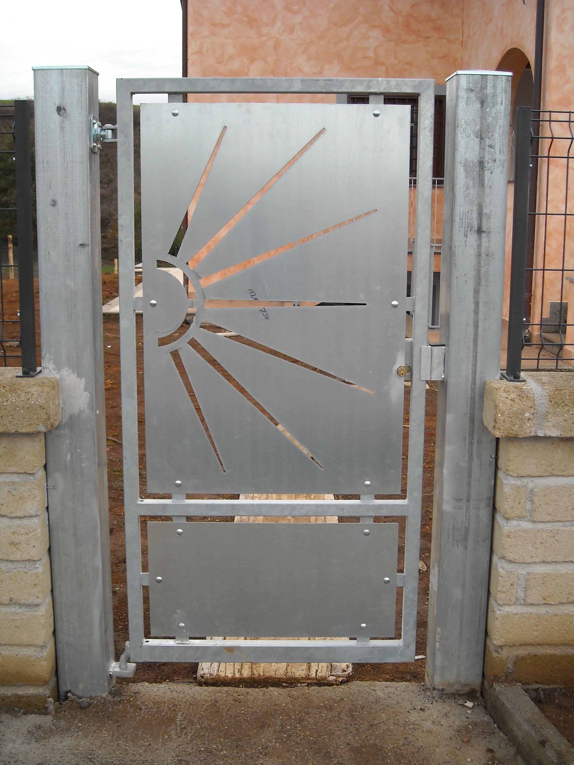 Offerte su infissi in pvc e alluminio lavorazioni in ferro infissi vaccher - Verniciare finestre alluminio ...